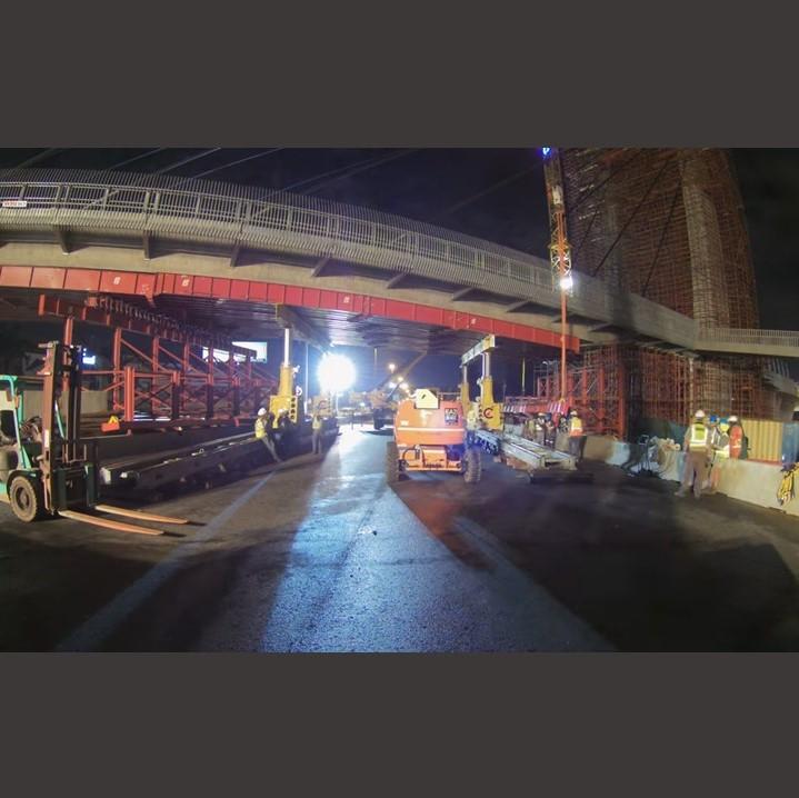 100 Ton super beam removal on bridge, using SBL 500